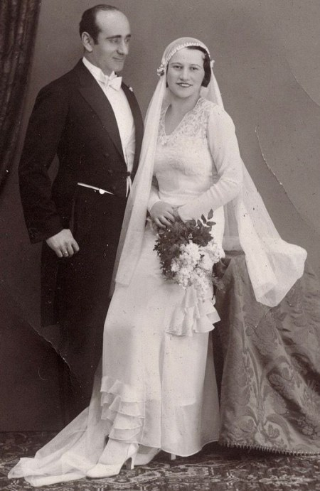 1930's Modest Wedding Dress