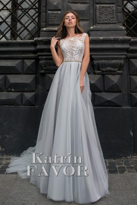Ivory Lace Bodice Grey Tulle Skirt Modest Prom Dress Cap Sleeves