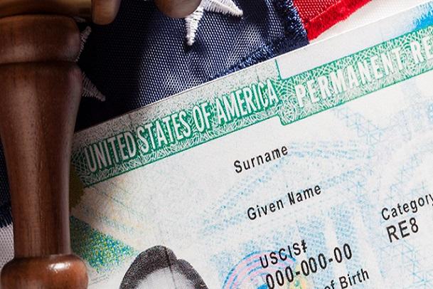 Mất thẻ xanh Mỹ tại Việt Nam phải làm sao?