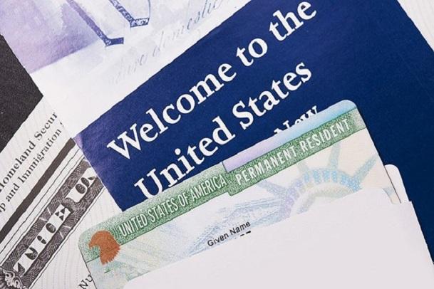 Bảo lãnh vợ sang Mỹ bằng thẻ xanh mất bao lâu?