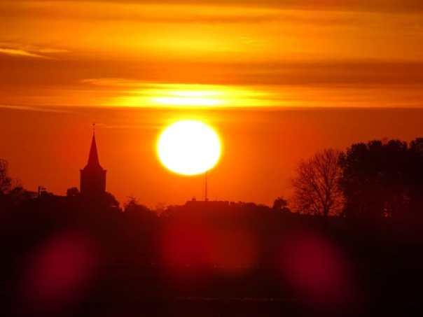 zonsopgang alblasserwaard bleskensgraaf