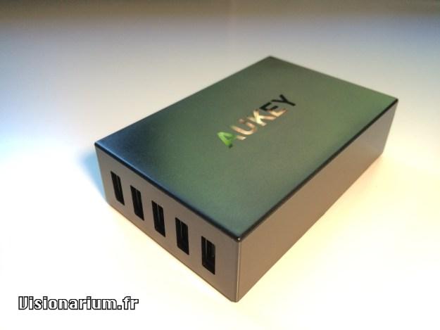 test chargeur Aukey sur Amazon : boitier surexposé