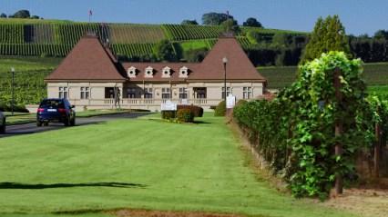 Ceci n'est pas un stock shot, c'est un hôtel… situé dans des vignes aux USA.