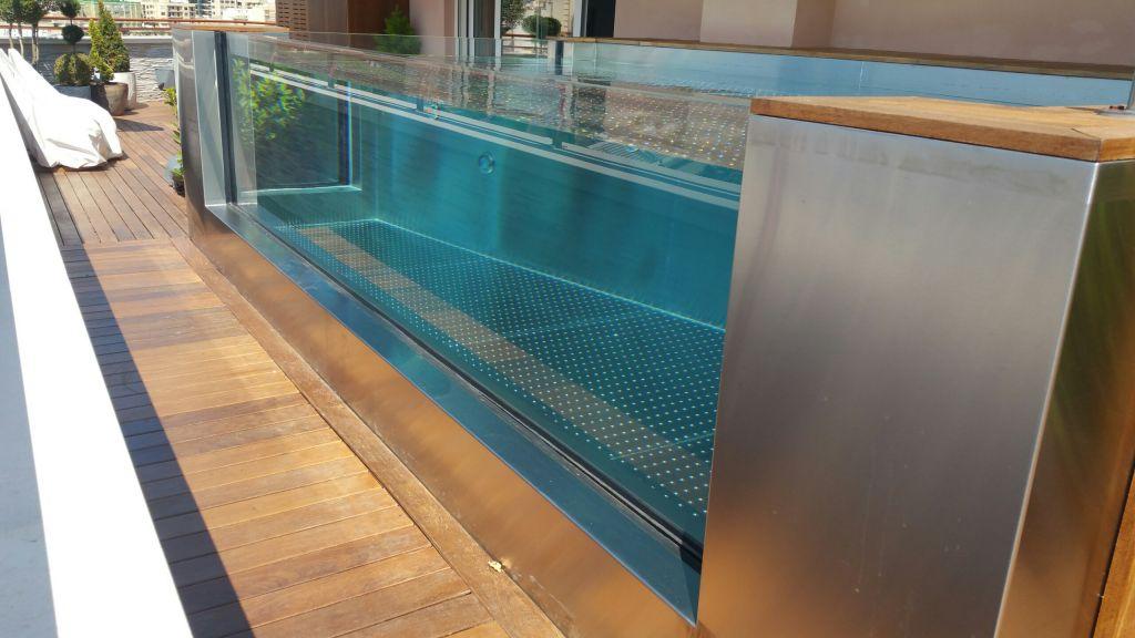 vision d o parois de piscines en verre