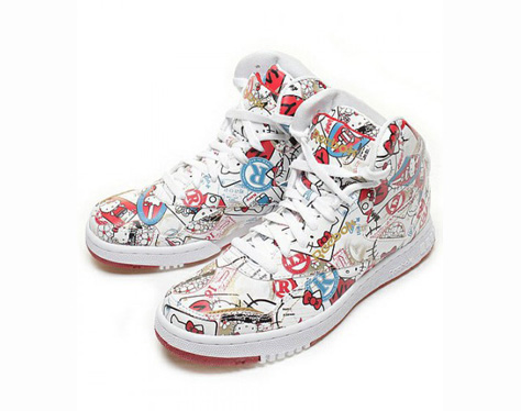 HELLO-KITTY-X-REEBOK-PT-20-INTERNATIONAL.jpg