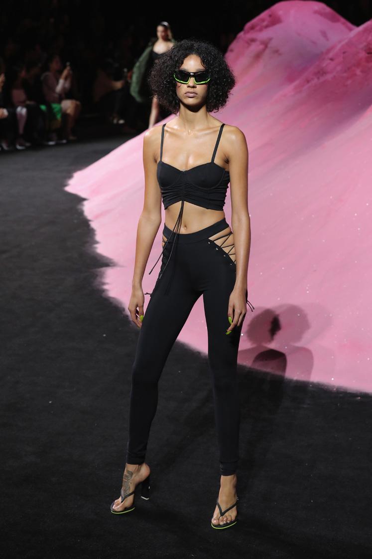 FENTY PUMA by Rihanna Spring/Summer 2018 Collection – Runway + Atmosphere