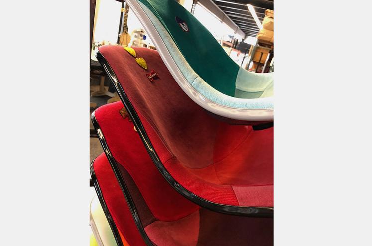dr-romanelli-modernica-custom-champion-chairs-04