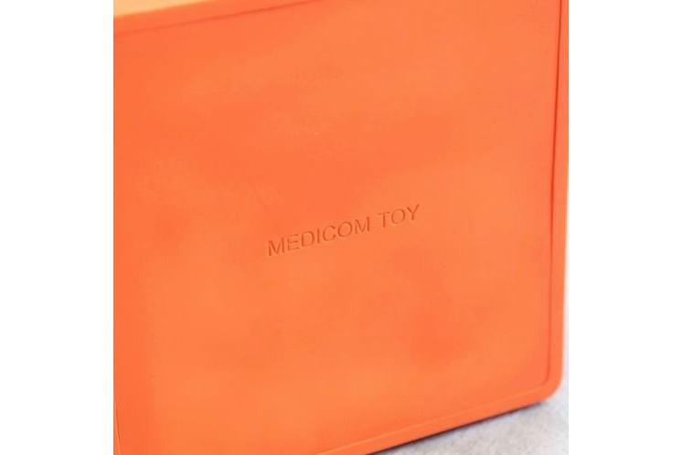 Mountain Research x Medicom Toy – Thoreau Sculpture 6