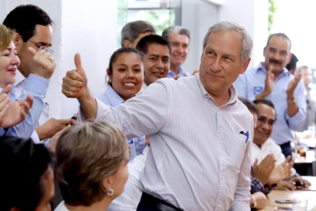 PANISMO DE TEHUACÁN REFRENDA SU APOYO A ENRIQUE CÁRDENAS