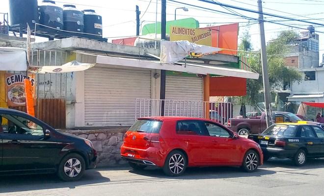 Cierran negocios en el Mercado Morelos