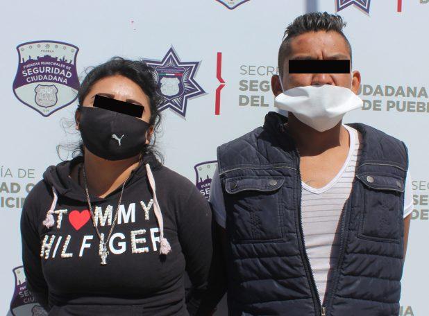DETUVO POLICÍA MUNICIPAL DE PUEBLA A PAREJA POR ROBO A USUARIO DE LA RUTA CREE MADERO