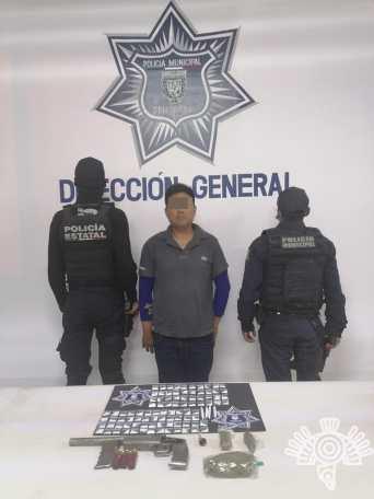 """DETIENEN EN TEHUACÁN A UNO DE LOS PRINCIPALES DISTRIBUIDORES DE DROGA DE LA BANDA DE """"EL JAPO»"""