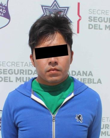 EN RESPUESTA EFECTIVA, DETUVO POLICÍA MUNICIPAL DE PUEBLA A HOMBRE POR ROBO EN AGRAVIO DE USUARIOS DE LA RUTA JBS