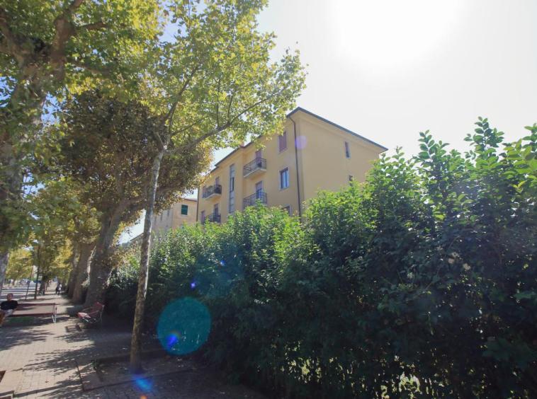 19 - Amelia - Via Giardini - Esterno 5