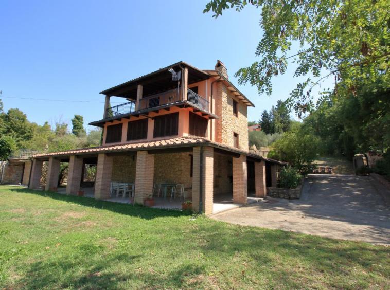 3 - Giove - Villa con Piscina - Esterno