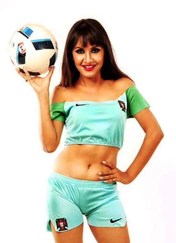Benisha Hamal in footbal 1