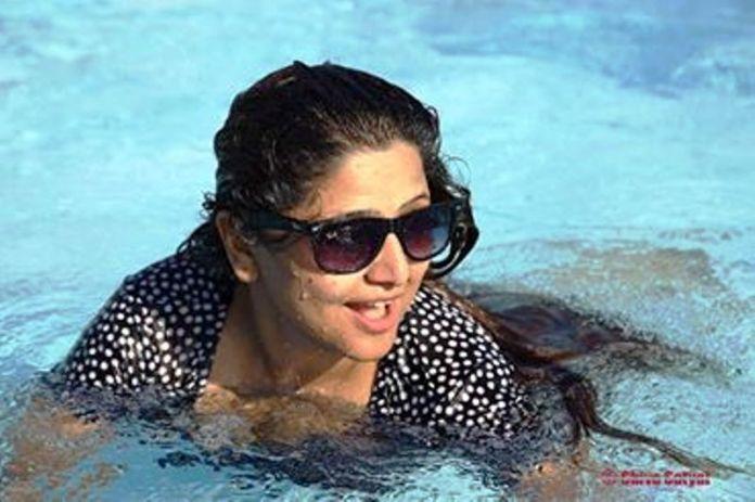 deepa-shree-niraula-hot-swiming-1