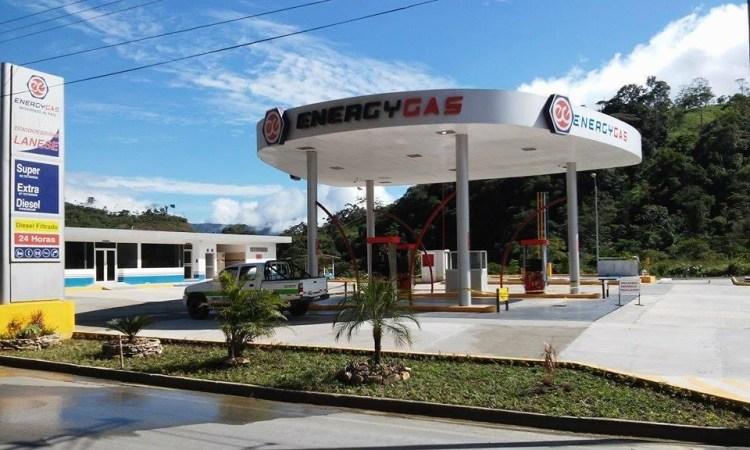 Gasolinera San Juan Bosco está abierta las 24 horas del día y se encuentra a la entrada del cantón San Juan Bosco