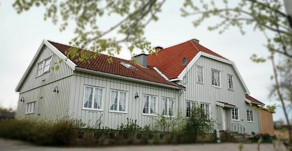 Med sin landlige beliggenhet og store parkeringsplass er Folkvang selveste storstua i Frogn.