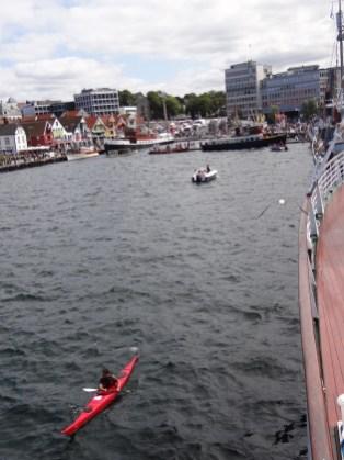 Stavanger is a perfect location to enjoy some kayaking! #regionstavanger Photos by: Carmen Cristina Carpio Tobar / Kjell Anders Pettersen