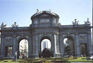 Madrid's stately buildings. www.visitedplanet.com