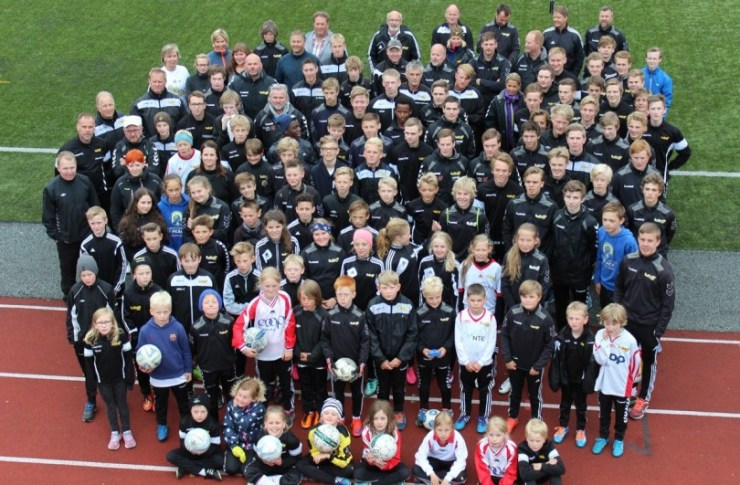 Neset FK - arrangør av Tine Fotballskole