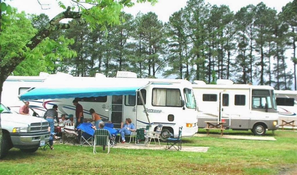 Frog Hollow RV Park