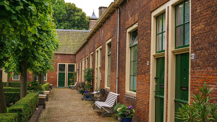 Courtyards to visit in Alkmaar | Must-visit places in Alkmaar The Netherlands | Visiting The Dutch Countryside travel blog The Netherlands