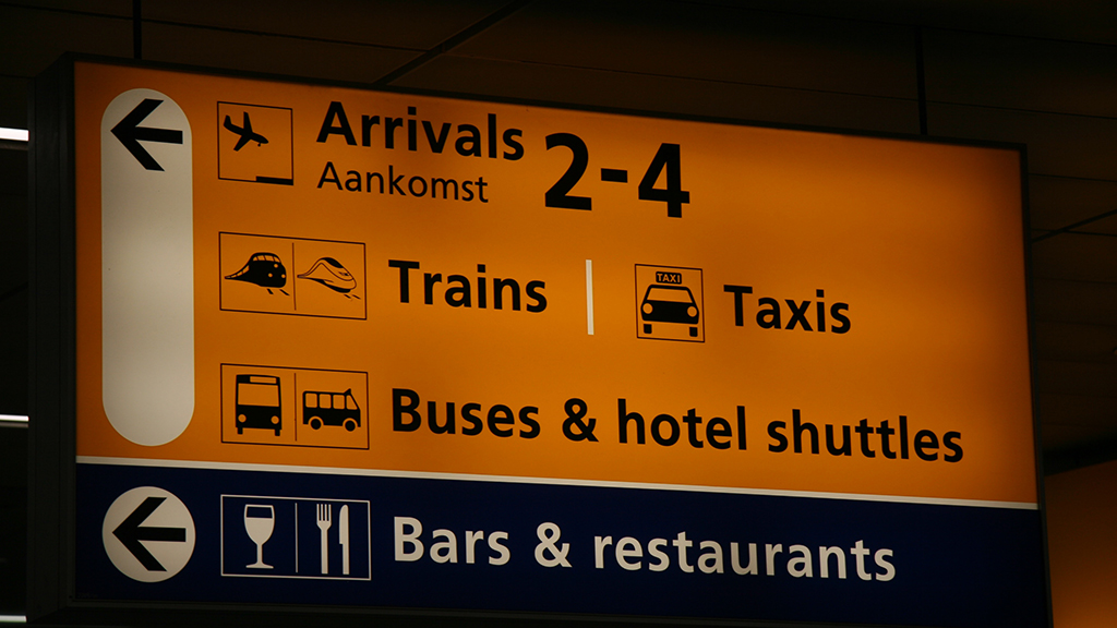 How to get from Amsterdam Schiphol Airport to Amsterdam | Public transport from Amsterdam Schiphol Airport| Guide to all airports in The Netherlands | Things to know of the airports Schiphol of The Netherlands |