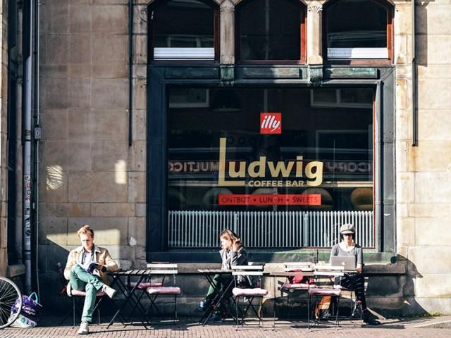 where to eat breakfast in Utrecht, Netherlands