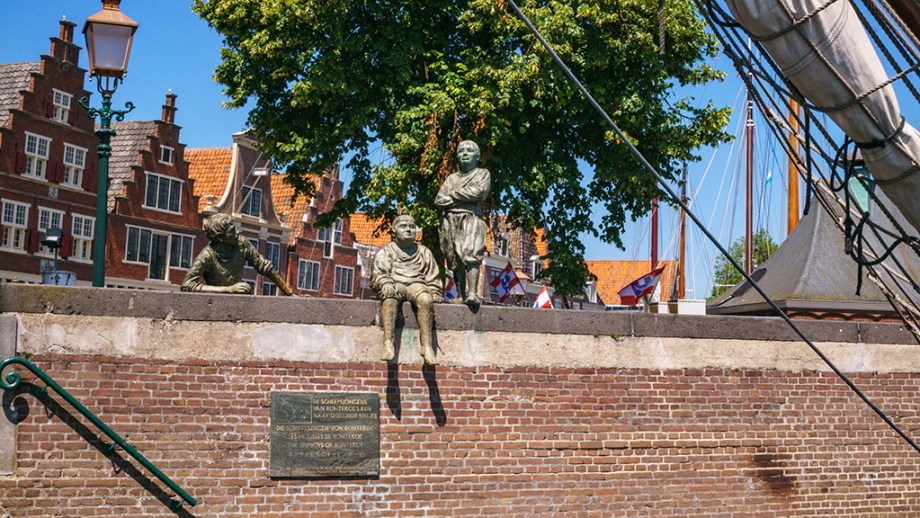 Best things to do in Hoorn | One day itinerary to Hoorn | Where is Hoorn | Where to eat breakfast in Hoorn | Places to visit in and around Amsterdam | Top things to do in Hoorn