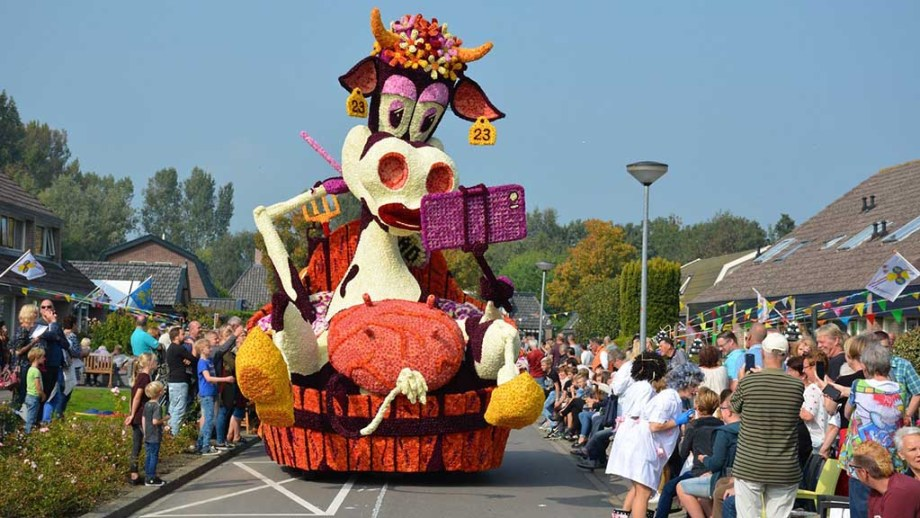 Bloemencorso, flower parade, in the town of Winkel, Noord- Holland, The Netherlands in summer