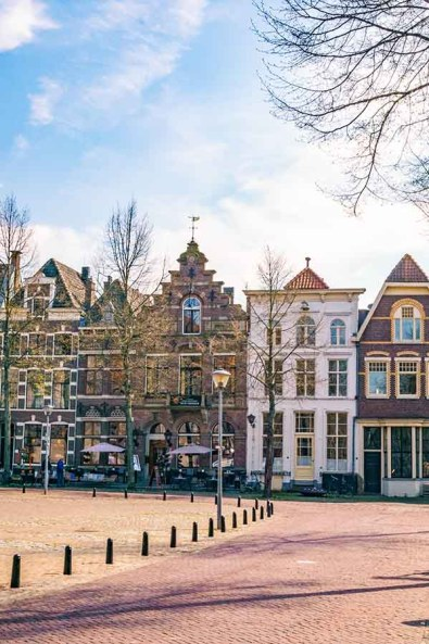 Square in front of Lebuinuskerk in Deventer