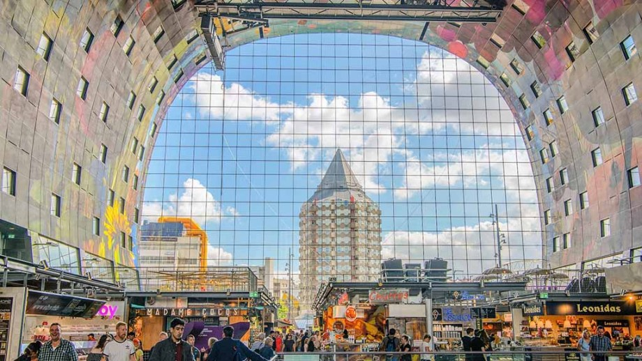 Markthal in Rotterdam: The most spectacular architectecture in Rotterdam