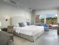 Cervo-162411-Premium Suite bedroom