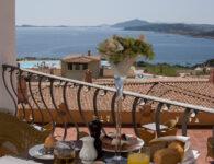 Colonna Resort Room_Service_2
