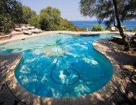 7_Orso_piscinaRGB
