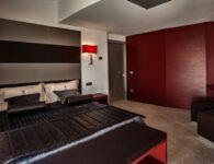 Ma Corner Suite