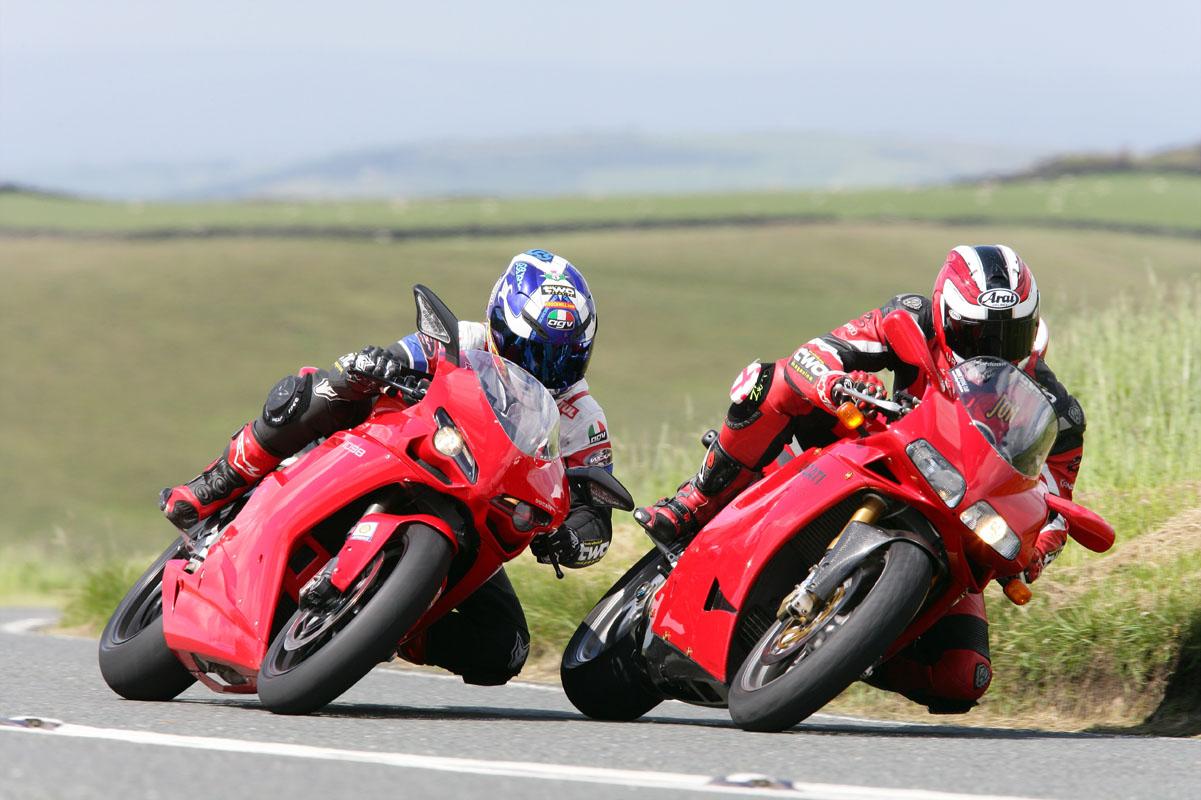 Splitting Heirs Ducati 998 V