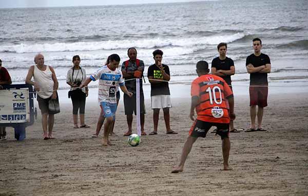 d60c6a90b0 Quarta rodada do Campeonato de Futebol de Areia Oficial começa nessa  quarta-feira