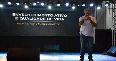 Palestra para idosos abordou autocuidado, amizades e enfrentamento das limitações na 1º Fenami.