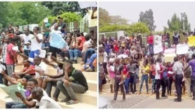 Photo of Commotion As Angry Exam Applicants Attack JAMB Office