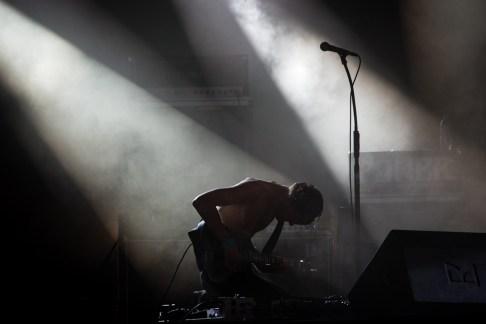 Hanno Klärhardt avec Mantar au Hellfest le 18 juin 2016