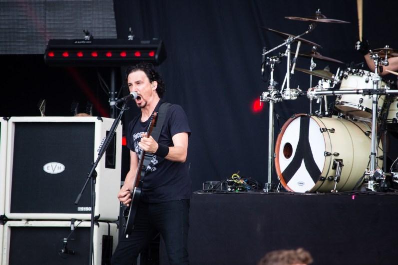 Joe Duplantier de Gojira au Hellfest le 19 juin 2016