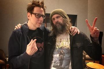Rob Zombie et James Gunn après l'enregistrement de leur connerie pour les Gardiens de la Galaxie Vol. 2