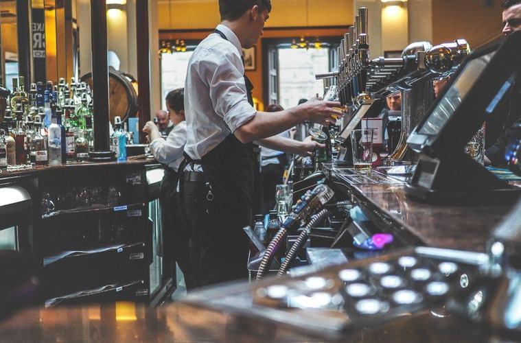 bar consommation alcool volume musique etude