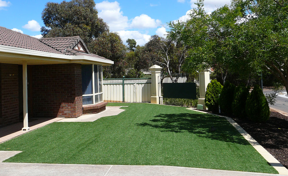 Manicured Artificial Grass Adelaide | Synthetic Lawn