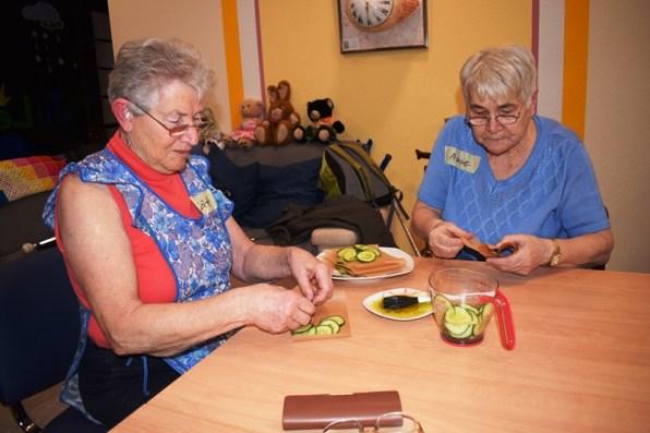 Zweiter-Kochkurs-im-Projekz-Kopf-Herz-Hand-2019 des VITAL e.V.
