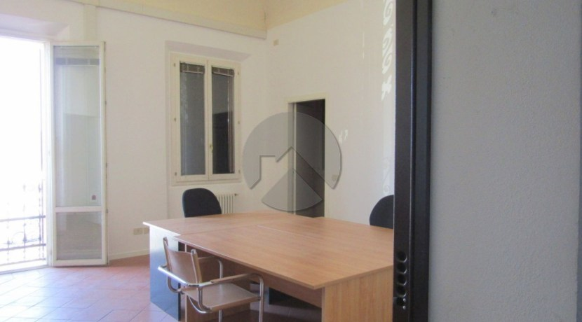 7324-affitto-cesena-gambettola-ufficio_-001.JPG