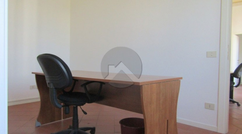 7324-affitto-cesena-gambettola-ufficio_-4.JPG